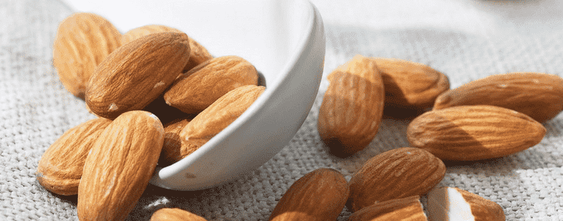 5 Healthy Snacks You Should Keep At Your Desk